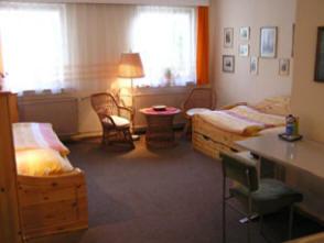 Ferienwohnung Pension Mittenentzwei Potsdam Jugendherberge
