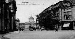 Bittschriftenlinde Stadtschloss Potsdam Pension Mittenentzwei