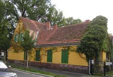 Eckhaus der Ferienwohnung Potsdam Familie Mittenentzwei